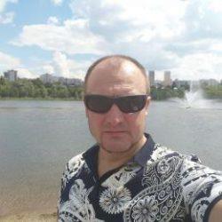 Парень. Ищу девушку в Костроме для секса, худенькую и красивую